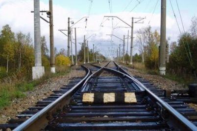na-zaliznichnomu-polotni-zaporizkogo-zavodu-metalokonstrukczij-bulo-znajdene-tilo-cholovika.jpg