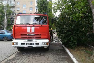 na-zaporizhzhi-cholovik-cherez-neoberezhnist-pid-chas-palinnya-led-ne-zgoriv-u-kvartiri-foto.jpg