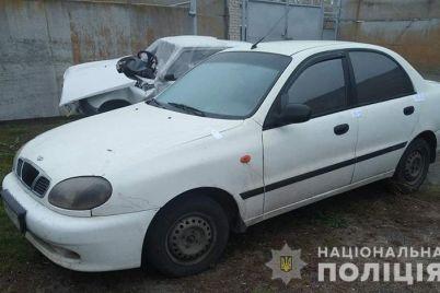 na-zaporizhzhi-cholovik-v-stani-alkogolnogo-spyaninnya-katavsya-na-vikradenomu-avtomobili-foto.jpg