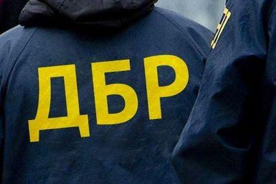 na-zaporizhzhi-dbr-rozslidud194-prodazh-podatkivczyami-viluchenogo-pid-chas-obshukiv-czukru.jpg