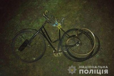 na-zaporizhzhi-velosipedist-pomer-na-misczi-avarid197-foto.jpg