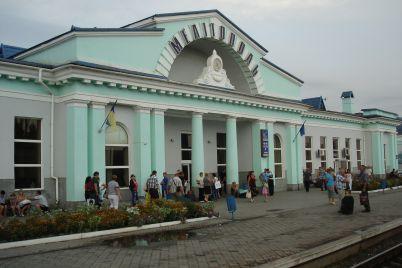 na-zaporizhzhi-zatrimali-zlovmisnika-yakij-napav-na-pensionera-z-metoyu-nazhivi.jpg