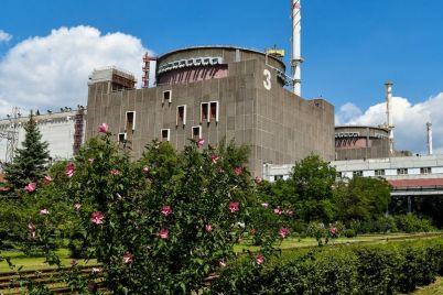 na-zaporozhskoj-atomnoj-avarijno-otklyuchilsya-energoblok.jpg