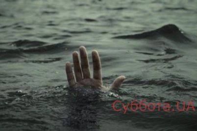 na-zaporozhskom-kurorte-obnaruzhili-trup-otdyhayushhego.jpg