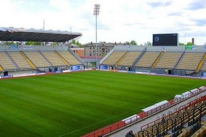 na-zaporozhskom-stadione-slavutich-arena-sostoitsya-futbolnyj-match-mezhdu-naczionalnymi-sbornymi-ukrainy-i-estonii.jpg