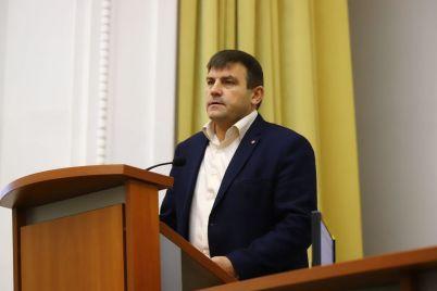 nachalniki-ekoinspekczii-i-gospotrebsluzhby-zayavili-chto-udobreniya-pticzefabriki-stali-istochnikom-zlovonij-v-zaporozhe.jpg