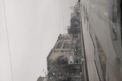 ne-letite-pri-vuezde-na-plotinu-i-na-prospete-sobornom-chastichno-snyali-asfalt.jpg