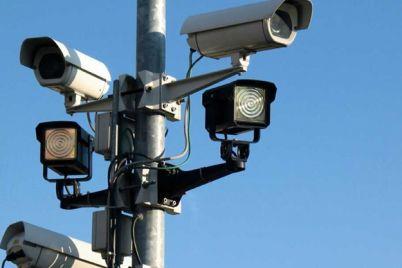 ne-pogonyaesh-na-ukrainskih-dorogah-ustanovyat-250-kamer-avtofiksaczii-narushenij-pdd.jpg