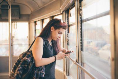ne-stoj-na-ostanovke-zrya-tramvai-e284968-budut-hodit-po-drugomu.jpg