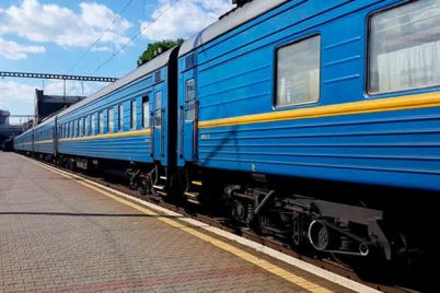 ne-uedesh-v-ukraine-s-18-marta-perestayut-ezdit-poezda-chto-s-biletami.jpg
