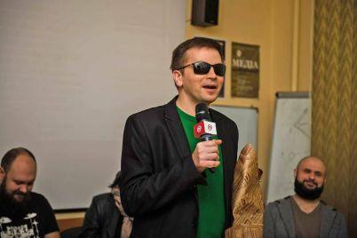 nezryachij-mediatrener-i-vedushhij-zaporozhskogo-vizhn-radio-rasskazal-o-professii-i-cherez-kakie-trudnosti-emu-prishlos-projti.jpg