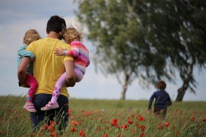 papa-v-dele-v-ukraine-otczam-razreshili-uhodit-v-dekretnyj-otpusk.jpg