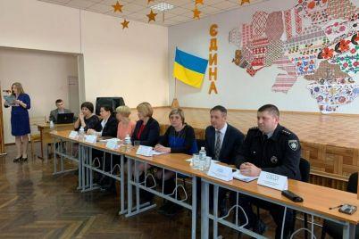 pensii-medreforma-materialnaya-pomoshh-s-zaporozhskimi-veteranami-obsudili-aktualnye-voprosy.jpg