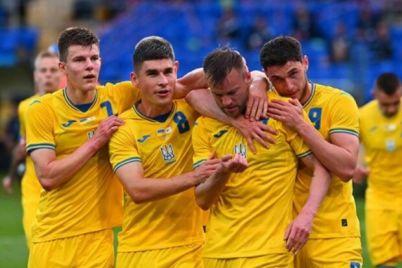 pered-otborom-na-chempionat-mira-petrakov-vnes-izmeneniya-v-sostav-sbornoj-ukrainy-po-futbolu.jpg