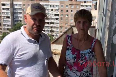 peregryzu-gorlo-za-pozhilyh-lyudej-zaporozhskij-aktivist-pomog-pensionerke-kotoruyu-obmanuli-na-28-tysyach-griven-video.jpg