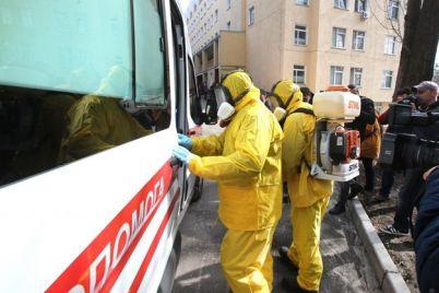 pervyj-sluchaj-koronavirusa-v-ukraine-zhenu-bolnogo-otpravili-v-observacziyu-iz-za-protesta-mestnyh-zhitelej.jpg