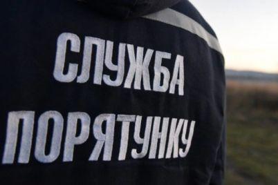 po-grud-zasypalo-zemlej-v-zaporozhe-zhenshhina-provalilas-pod-zemlyu.jpg