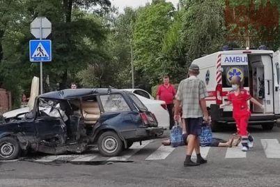 pogonya-i-razbitye-avto-seryoznoe-dtp-v-zaporozhe-video.jpg