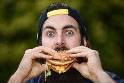poka-bez-chizburgerov-v-zaporozhe-zakryli-mcdonalds.jpg