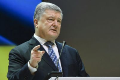 poroshenko-pokinul-ukrainu-i-ne-yavitsya-na-dopros-v-gbr.jpg