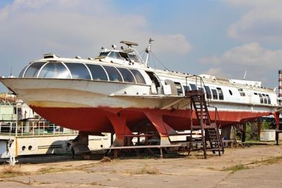 poslednij-v-ukraine-v-zaporozhe-rekonstruiruyut-legendarnyj-meteor-foto-video.jpg
