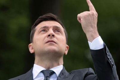 predlagaj-zelenskij-prizval-ukrainczev-pisat-svoi-voprosy-dlya-soczoprosov.jpg