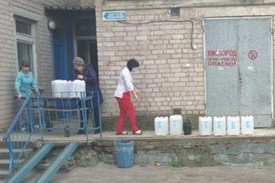 predprinimateli-zaporozhskoj-oblasti-obuedinyayutsya-dlya-pomoshhi-medikam.jpg