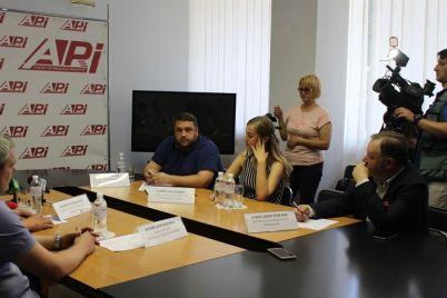 predstavniki-naczmenshin-zaporizkod197-oblasti-obgovorili-naslidki-pandemid197-ta-podalshi-did197-spryamovani-na-vihid-z-krizi.jpg