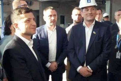 prezident-zelenskij-posmotrel-kak-v-zaporozhe-stroyat-novyj-terminal-aeroporta-foto.jpg