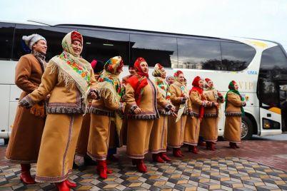 pri-pokupke-avtobusa-dlya-zaporozhskoj-filarmonii-ukrali-bolshuyu-chast-summy.jpg