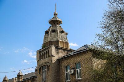prokuratura-pytaetsya-otsudit-u-zaporozheoblenergo-zdanie-pervoj-v-gorode-elektrostanczii-kotoroe-yavlyaetsya-pamyatnikom-arhitektury.jpg
