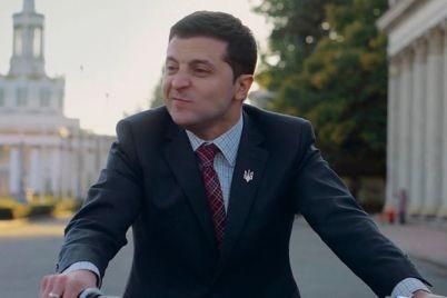 putin-hublo-rossijskij-telekanal-tnt-prekratil-pokaz-seriala-sluga-naroda.jpg