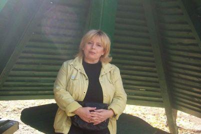 redkie-knigi-i-starinnaya-literatura-v-zaporozhskoj-oblastnoj-universalnoj-nauchnoj-biblioteke-rasskazali-o-svoih-czennostyah-foto.jpg