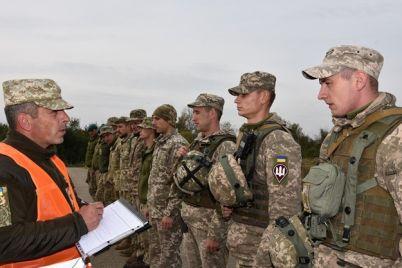 rekrut-i-shtab-serzhant-u-ukrainskih-voennyh-poyavyatsya-novye-zvaniya.jpg