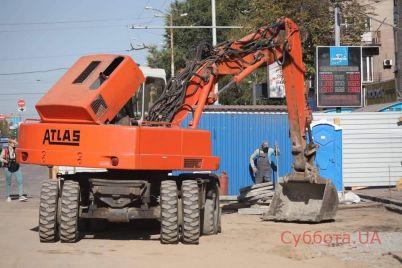 remont-na-prospekte-metallurgov-zaporozhskij-mer-rasskazal-kogda-zavershatsya-remontnye-raboty-foto.jpg