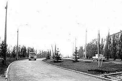 retro-foto-odnid194d197-z-czentralnih-vulicz-mista-pokazali-zaporizhczyam.jpg