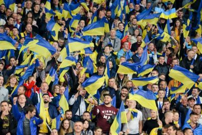 sbornaya-ukrainy-po-futbolu-gotova-radovat-bolelshhikov-v-1-8-finala-evro-2020.jpg