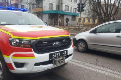 sereznoe-dtp-v-zaporozhe-na-meste-rabotali-skoraya-i-spasateli-foto.jpg