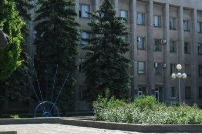 shevchenkovskaya-administracziya-bez-konkursa-otdala-podryad-pochti-na-polmilliona-griven-uzhe-znakomomu-fopu.jpg