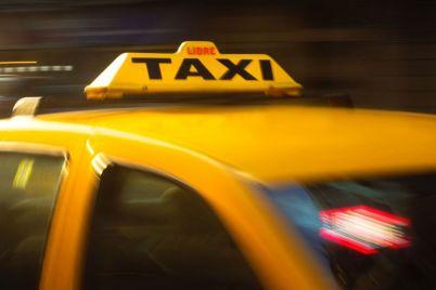 shho-zaporizhczi-chastish-za-vse-zabuvayut-u-taksi.jpg