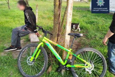 shkolniki-iz-zaporozhskoj-oblasti-pomogli-zaderzhat-grabitelya-kotoryj-otobral-u-rebenka-velosiped.jpg