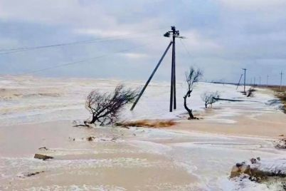 shtorm-v-kirillovke-s-biryuchego-evakuirovali-18-chelovek-foto-1.jpg