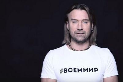 skandal-dovkola-spivaka-vinnika-yakij-doluchivsya-do-rosijskih-zirok-u-klipi-vsd194m-mir.jpg