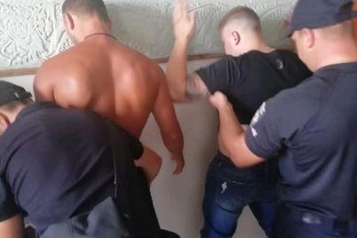 smertelnyj-konflikt-v-kirillovke-sud-otpustil-podozrevaemyh-domoj-foto-video-1.jpg