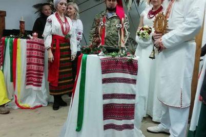 snajper-iz-zaporozhya-svoyu-lyubov-vstretila-na-vojne.jpg