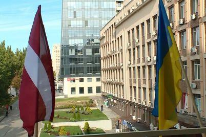 sogodni-vidbulosya-vidkrittya-pochesnogo-konsulstva-latvijskod197-respubliki-u-zaporizhzhi.jpg