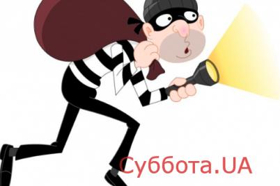 sotsseti-v-zaporozhe-proizoshla-popyitka-ogrableniya-magazina-colin-s-foto.png