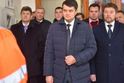 spiker-verhovnoj-rady-oczenil-vozmozhnost-dosrochnyh-vyborov-v-ukraine.jpg