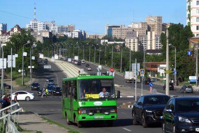 spisok-marshrutov-na-vyhodnyh-v-harkove-pustyat-avtobusy-k-kladbishham.jpg
