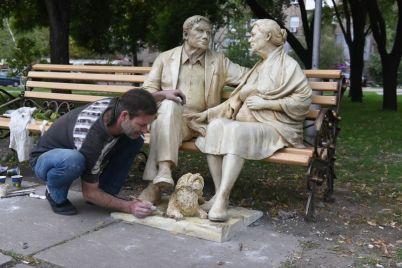stalo-izvestno-kak-vyglyadit-sobaka-kotoruyu-postavyat-v-zaporozhskom-skvere-vmesto-ukradennoj-foto.jpg